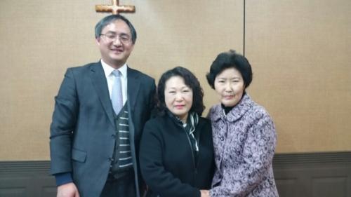 김홍희권사님